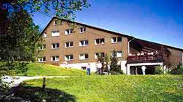EmK-Freizeiten - Unterkünfte - Begegnungs- und Bildungsstätte der EmK